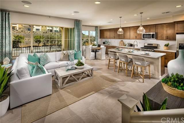 804 Oakmont, Lake Forest, CA 92610 (#OC21008750) :: Z Team OC Real Estate