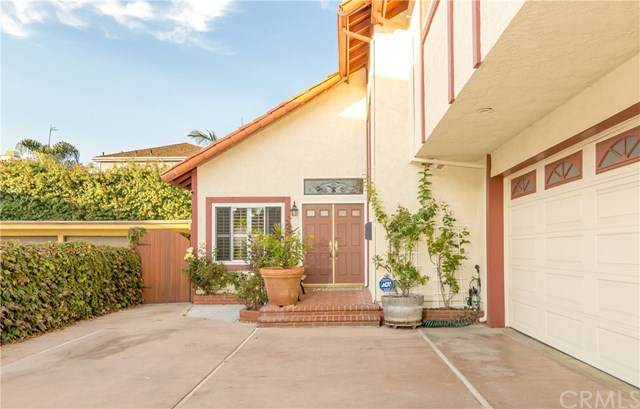2219 Pullman Lane B, Redondo Beach, CA 90278 (#SB21008697) :: Wendy Rich-Soto and Associates