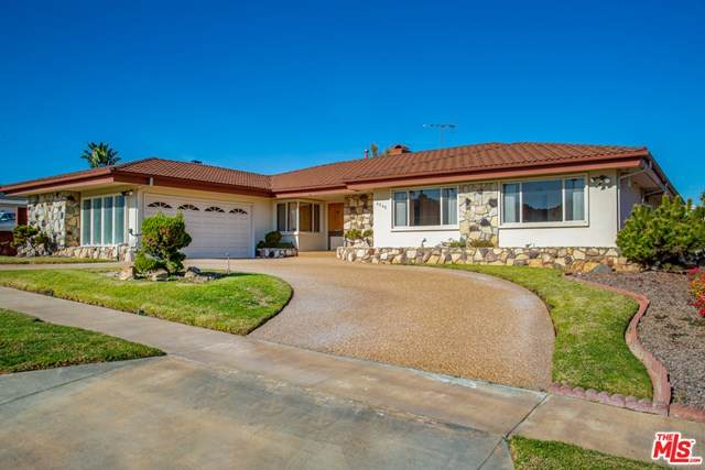 4245 Olympiad Drive, View Park, CA 90043 (#21680156) :: The Alvarado Brothers