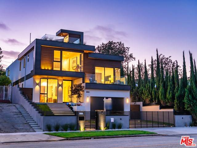3029 Castle Heights Avenue, Los Angeles (City), CA 90034 (#21680770) :: Team Forss Realty Group