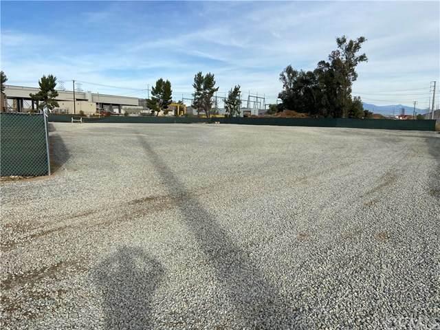 26420 Palomar Road, Menifee, CA 92585 (#PW21009612) :: TeamRobinson | RE/MAX One