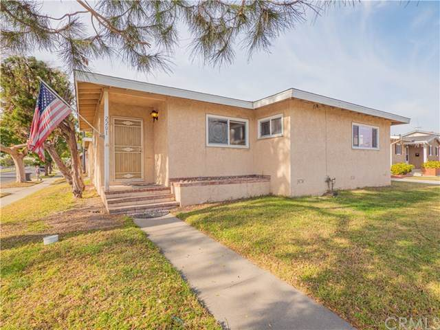 2201 Carfax Avenue, Long Beach, CA 90815 (MLS #SB21009771) :: Desert Area Homes For Sale