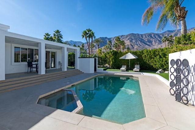 1035 Andreas Palms Drive, Palm Springs, CA 92264 (#219055786PS) :: Team Tami