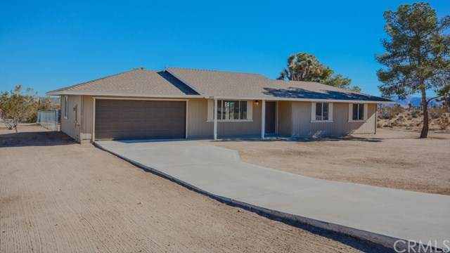 3893 Manchester Avenue, Yucca Valley, CA 92284 (#JT21009829) :: RE/MAX Masters
