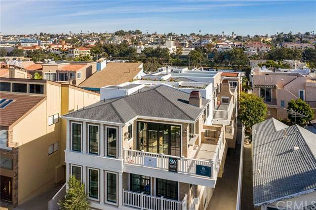 1104 Loma Dr, Hermosa Beach, CA 90254 (#SB21009911) :: The Miller Group