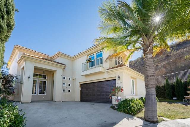 2007 Pleasant Waters Court, Spring Valley, CA 91977 (#PTP2100331) :: Steele Canyon Realty