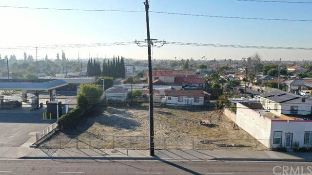 118 N Euclid Street, Santa Ana, CA 92703 (#PW21009999) :: The Houston Team | Compass