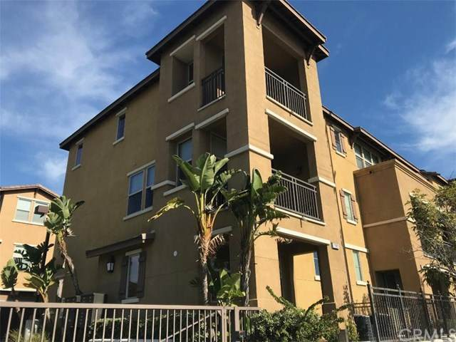 2987 E Pacific Coast, Signal Hill, CA 90755 (#PW21010122) :: Realty ONE Group Empire