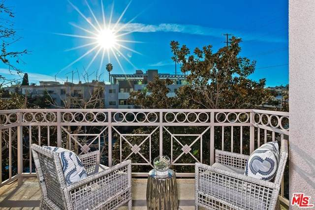 1820 S Beverly Glen Boulevard #208, Los Angeles (City), CA 90025 (#21680712) :: Zember Realty Group