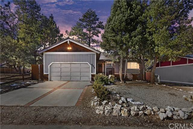 345 Downey Drive, Big Bear, CA 92314 (#EV21010540) :: The DeBonis Team