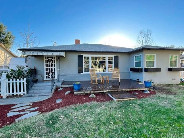 4736 Oakwood Place, Riverside, CA 92506 (#OC21010370) :: Compass