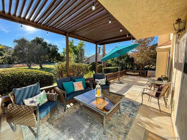 23635 Country Villa Road, Ramona, CA 92065 (#210001384) :: Powerhouse Real Estate
