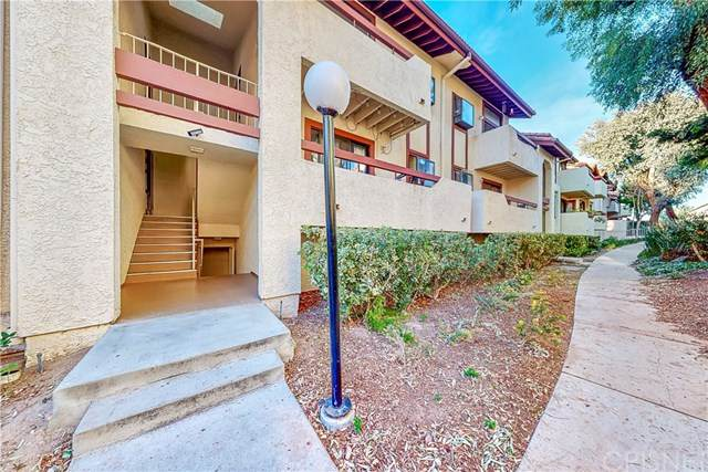 28035 Sarabande Lane #138, Canyon Country, CA 91387 (#SR21010612) :: Berkshire Hathaway HomeServices California Properties