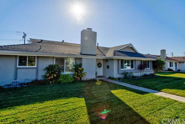 5572 Edinger Avenue, Huntington Beach, CA 92649 (#IV21010729) :: Doherty Real Estate Group