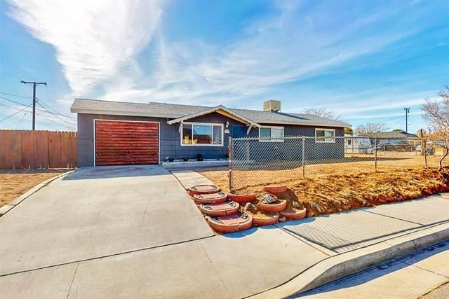 1033 W Bataan Avenue, Ridgecrest, CA 93555 (#531356) :: Mark Nazzal Real Estate Group