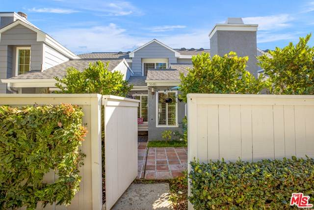 5646 Canterbury Drive, Culver City, CA 90230 (#21680580) :: Realty ONE Group Empire
