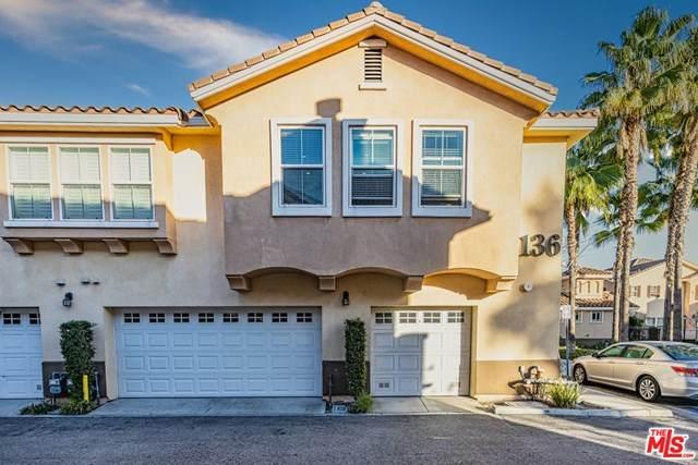 1136 N Euclid Street #14, Anaheim, CA 92801 (#21681784) :: Team Tami