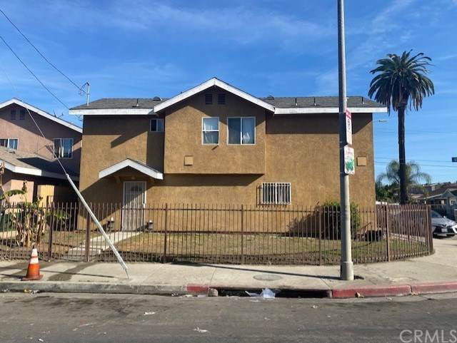 355 W 84th Place, Los Angeles (City), CA 90003 (#SB21011330) :: Team Forss Realty Group