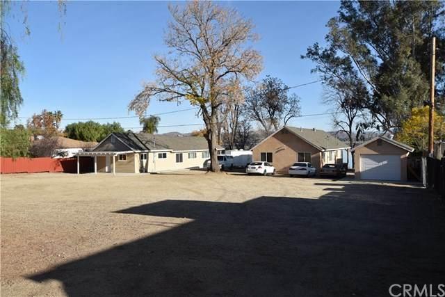 16604 Grand Avenue, Lake Elsinore, CA 92530 (#SW21008918) :: Mark Nazzal Real Estate Group