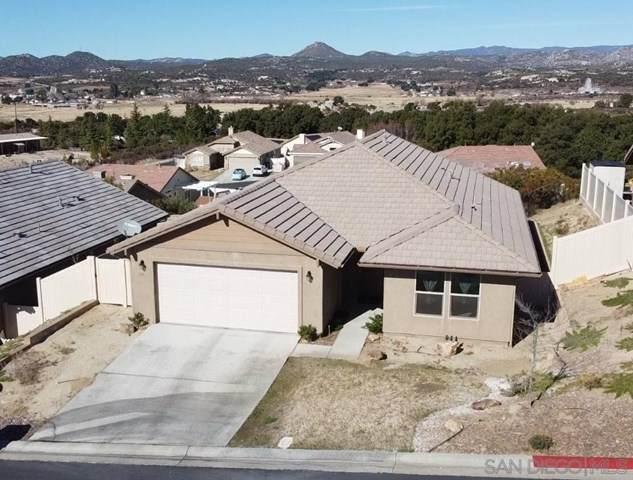 1113 Coast Oak Trl, Campo, CA 91906 (#210001479) :: Mark Nazzal Real Estate Group