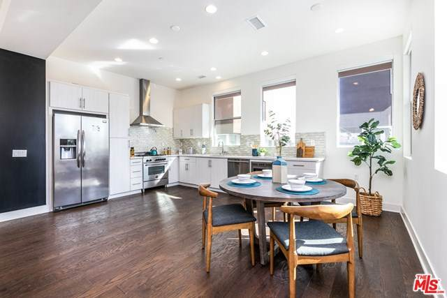 1845 Silent Era Drive, Los Angeles (City), CA 90026 (#21681530) :: Realty ONE Group Empire