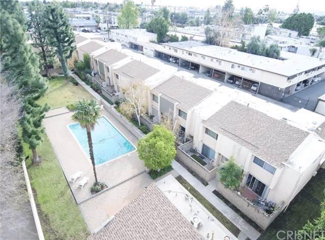 8633 Balboa Boulevard #1, Northridge, CA 91325 (#SR21011763) :: The DeBonis Team