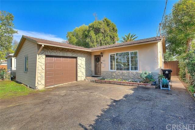 7432 Lindley Avenue, Reseda, CA 91335 (#SR21011976) :: Team Forss Realty Group