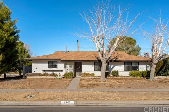 1343 W Norberry Street, Lancaster, CA 93534 (#SR21011338) :: Doherty Real Estate Group