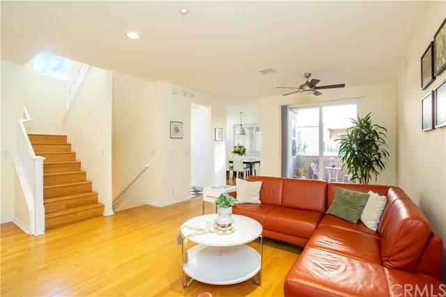 3737 Green Avenue, Los Alamitos, CA 90720 (#NP21012326) :: A|G Amaya Group Real Estate