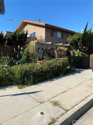 1837 Temple Avenue C, Signal Hill, CA 90755 (#RS21012457) :: The Parsons Team