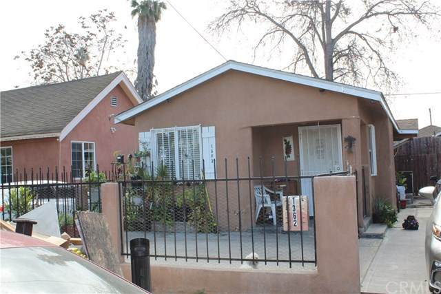 1360 E 58th Drive, Los Angeles (City), CA 90001 (#DW21012612) :: Team Forss Realty Group