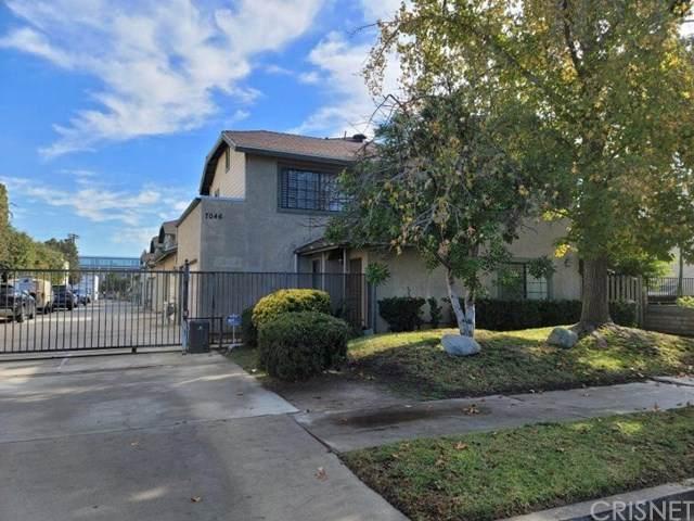 7046 De Celis Place #6, Lake Balboa, CA 91406 (#SR21012591) :: Re/Max Top Producers