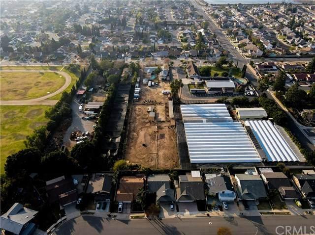 647 N Rancho Santiago Boulevard, Orange, CA 92869 (#OC21012045) :: Zutila, Inc.