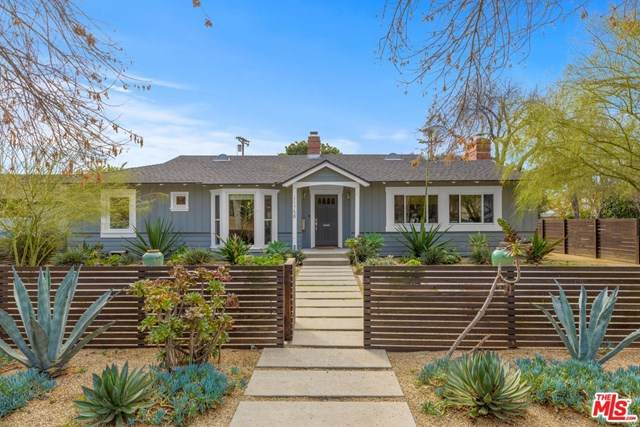 11758 Blix Street, Valley Village, CA 91607 (#21682266) :: Team Forss Realty Group