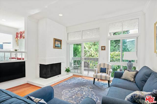 1714 Palisades Drive, Pacific Palisades, CA 90272 (#21680986) :: eXp Realty of California Inc.