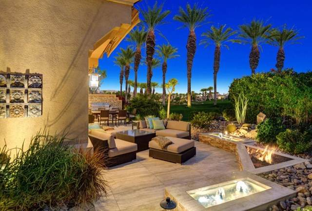435 Falcon View Circle, Palm Desert, CA 92211 (#219055992DA) :: Compass