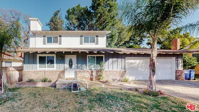 24542 Apple Street, Newhall, CA 91321 (MLS #21679568) :: Desert Area Homes For Sale