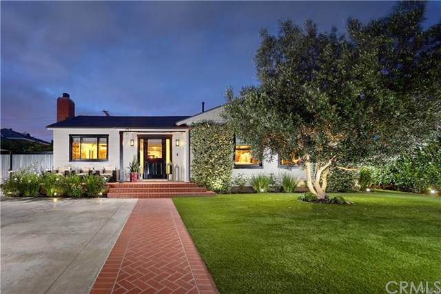 480 Broadway, Costa Mesa, CA 92627 (#NP21013062) :: The Results Group