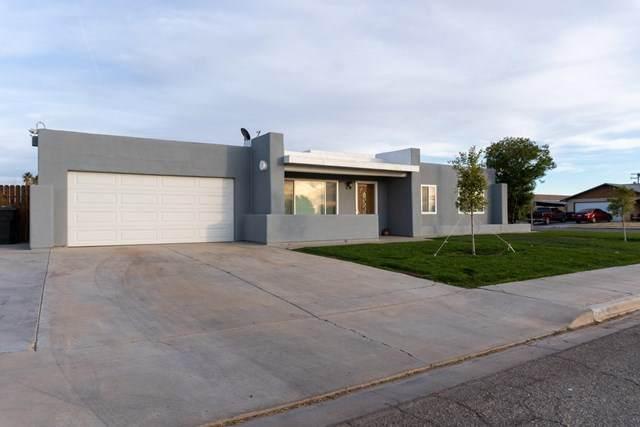 742 N Eucalyptus Avenue, Blythe, CA 92225 (#219056014DA) :: The Miller Group