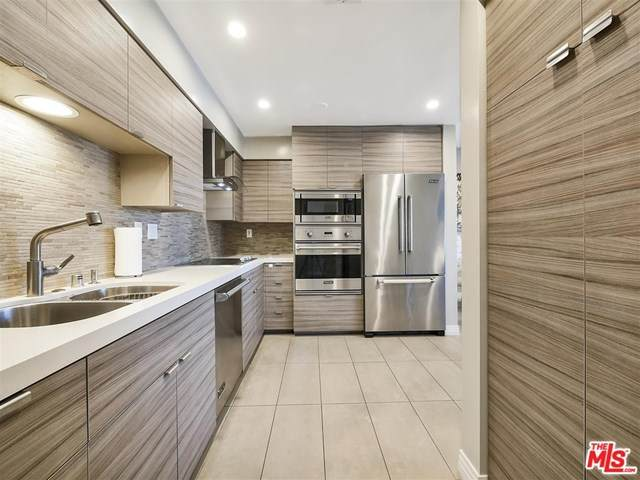 645 Wilcox Avenue 3D, Los Angeles (City), CA 90004 (#21683458) :: Team Forss Realty Group