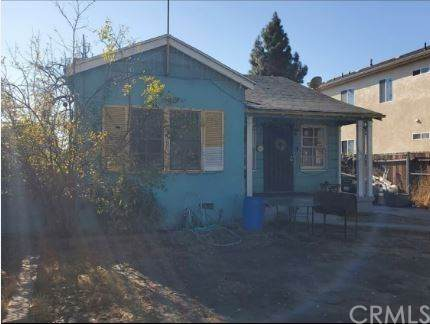 1452 E 52nd Street, Los Angeles (City), CA 90011 (#DW21008086) :: The Miller Group