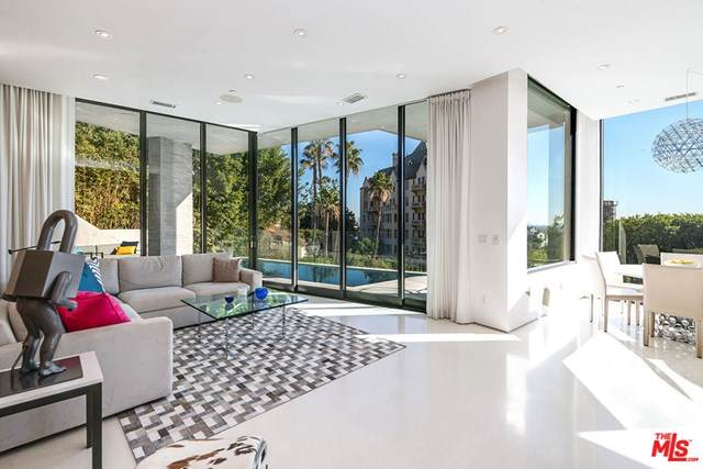 8270 Woodshill Trail, Los Angeles (City), CA 90069 (#21682268) :: Mint Real Estate