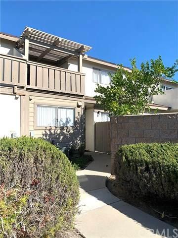 5112 W 1st Street D, Santa Ana, CA 92703 (#OC21014118) :: Bob Kelly Team