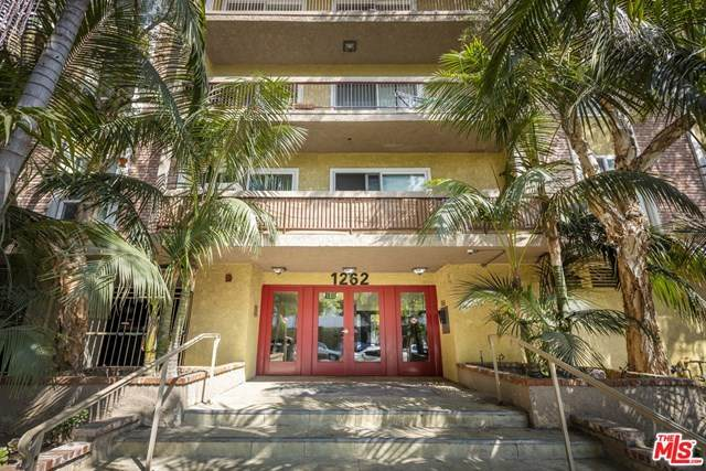 1262 S Barrington Avenue #202, Los Angeles (City), CA 90025 (#21683000) :: Team Forss Realty Group