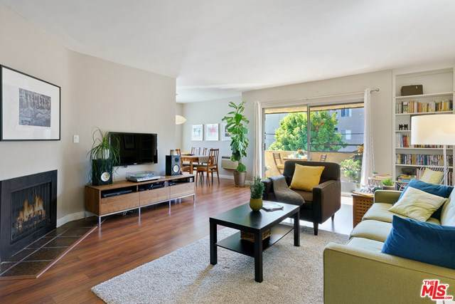 3672 Hughes Avenue #4, Los Angeles (City), CA 90034 (#21683178) :: The Miller Group