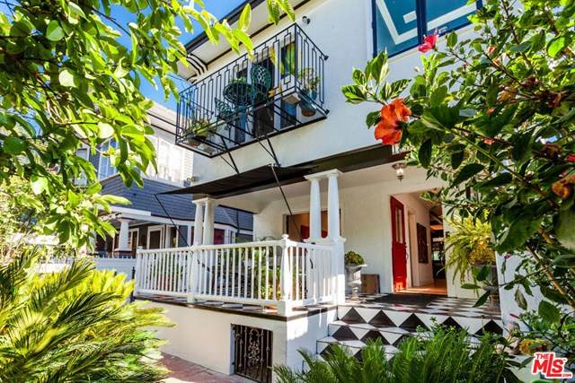 1848 W 11Th Place, Los Angeles (City), CA 90006 (#21683480) :: The Miller Group