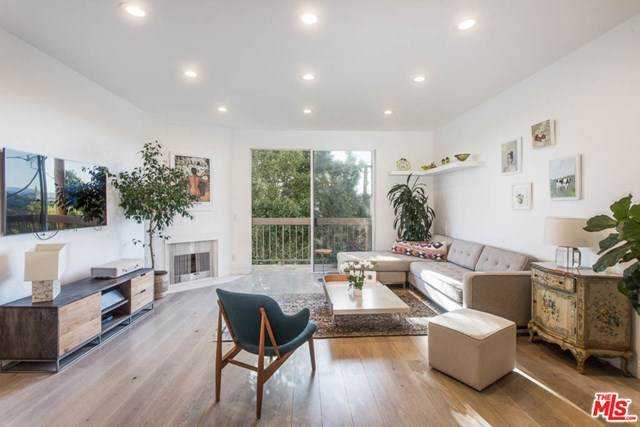 2263 Fox Hills Drive #203, Los Angeles (City), CA 90064 (#21683420) :: Jessica Foote & Associates
