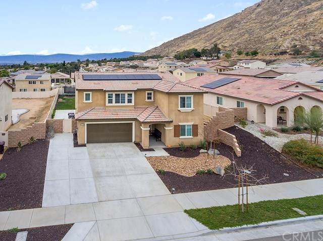 20328 Canaan Cir, Riverside, CA 92507 (#PW21014544) :: Team Forss Realty Group