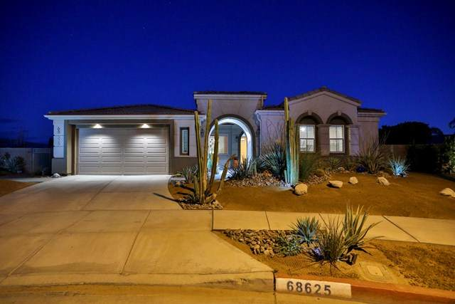 68625 Everwood Court, Cathedral City, CA 92234 (#219056113DA) :: Millman Team