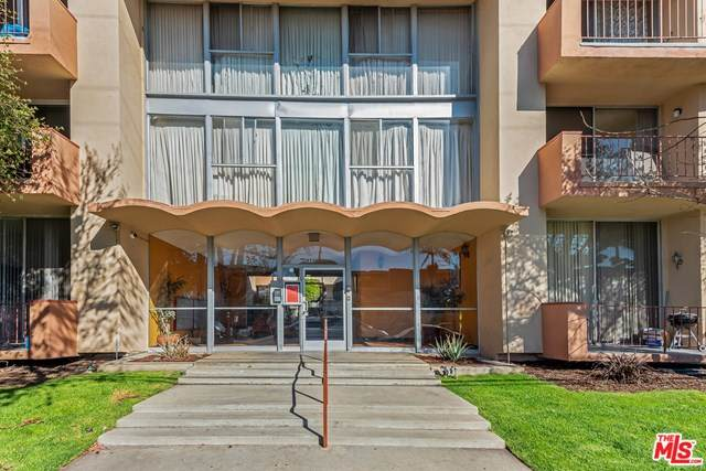 855 Victor Avenue #201, Inglewood, CA 90302 (#21683640) :: Re/Max Top Producers